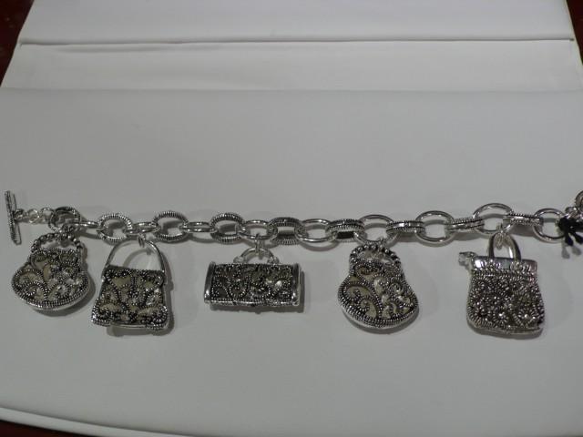 Mitzi's Fine Jewelry Mitzi''s Fine Jewelry Cayman Islands